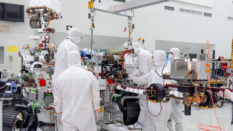 Image: Mars 2020 rover's seven-foot-long robotic arm installed