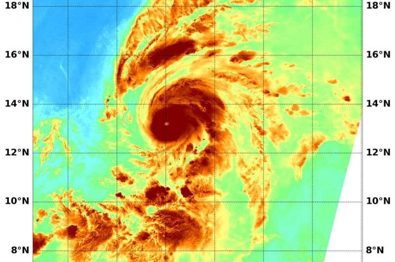 NASA analyzes first central pacific ocean hurricane's water vapor
