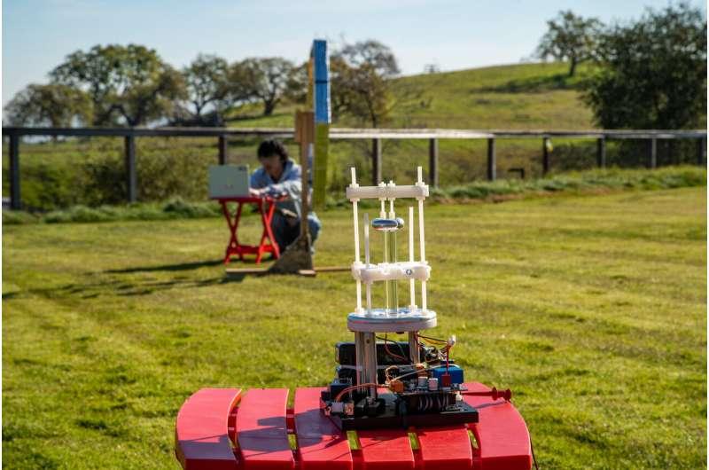 SLAC develops novel compact antenna for communicating where radios fail