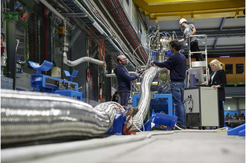 Successful tests of a cooler way to transport electricity