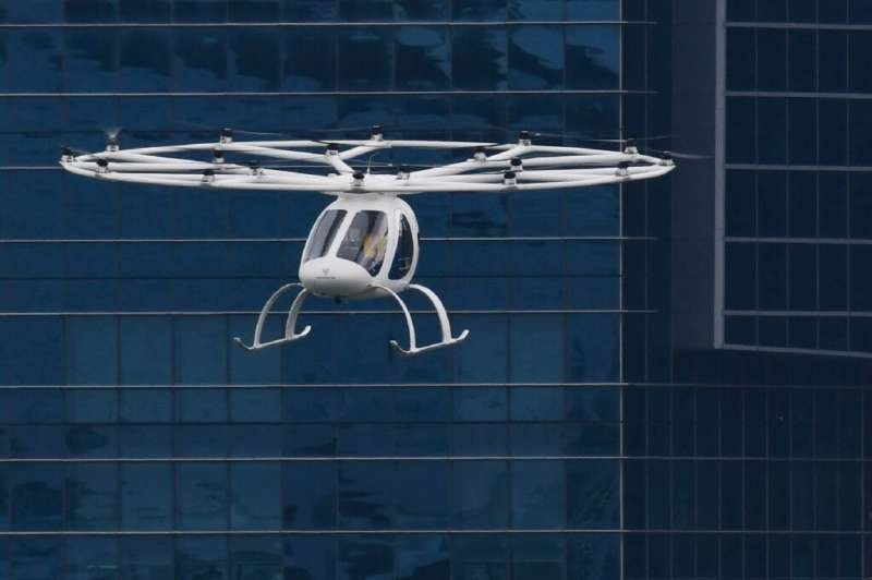 The 18-propeller vehicle took off from a promontory and flew for about two minutes and 30 seconds