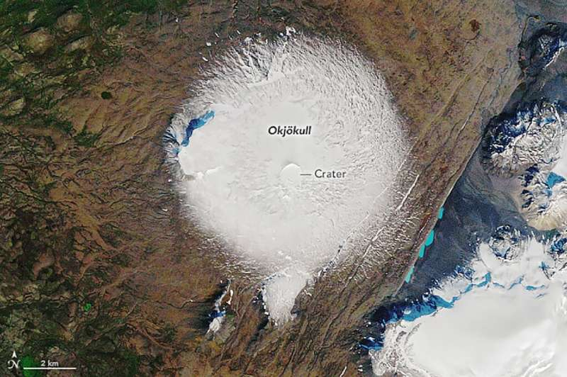 This NASA handout image shows the Okjökull glacier in 1986