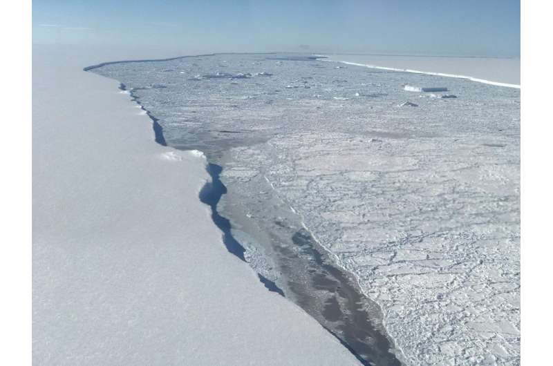 West Antarctica's ice sheet has shed about 150 billion tonnes of mass every year since 2005