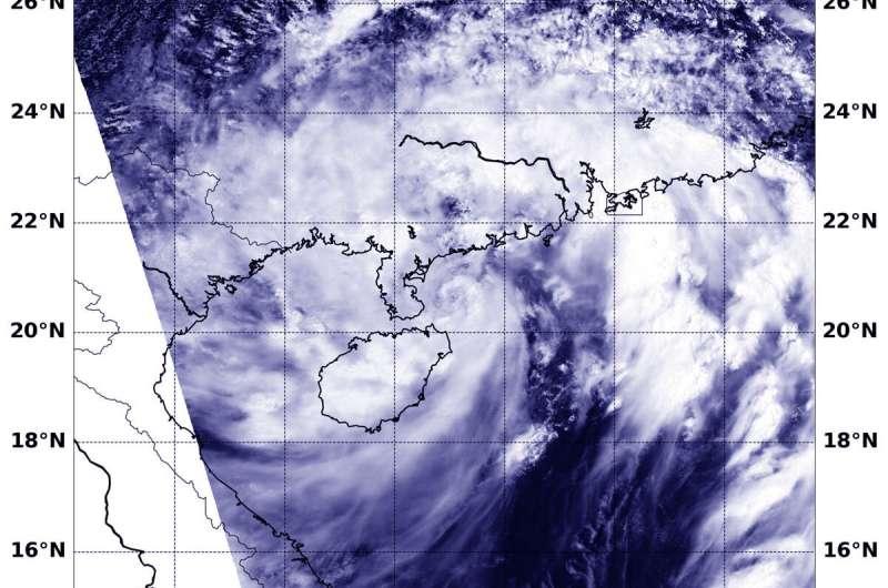 NASA's Aqua satellite sees Tropical Storm Wipha hugging China coast