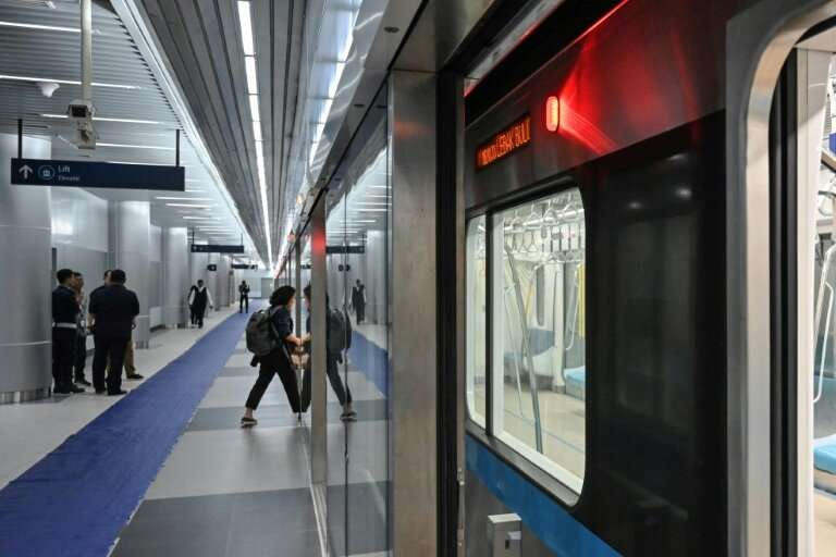 Tens of thousands of excited Jakartans boarded the subway for the first time