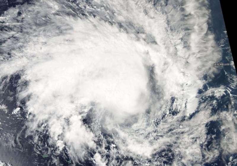 NASA finds tropical cyclone 02S consolidating