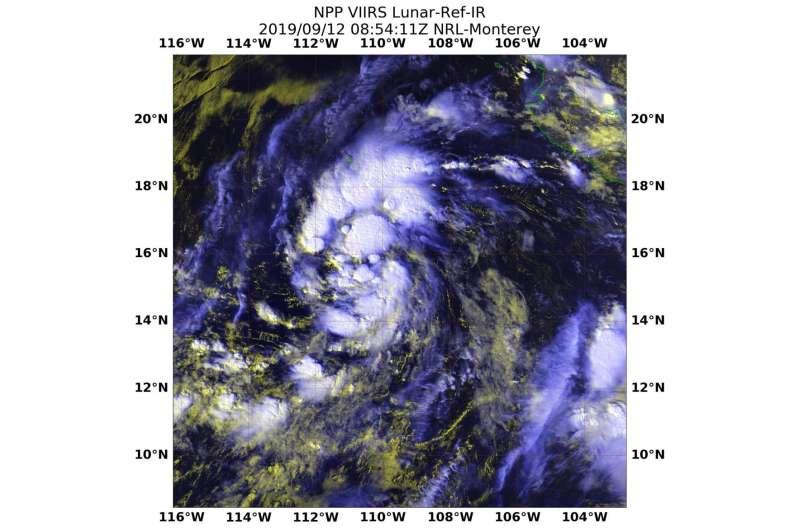 NASA-NOAA satellite's night-time look at Tropical Storm Kiko