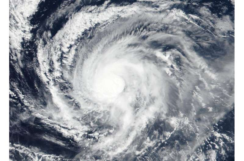 NASA-NOAA satellite studies tropical storm Kiko's center
