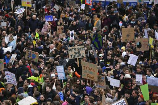 'I want snow for Christmas:' Students demand climate action