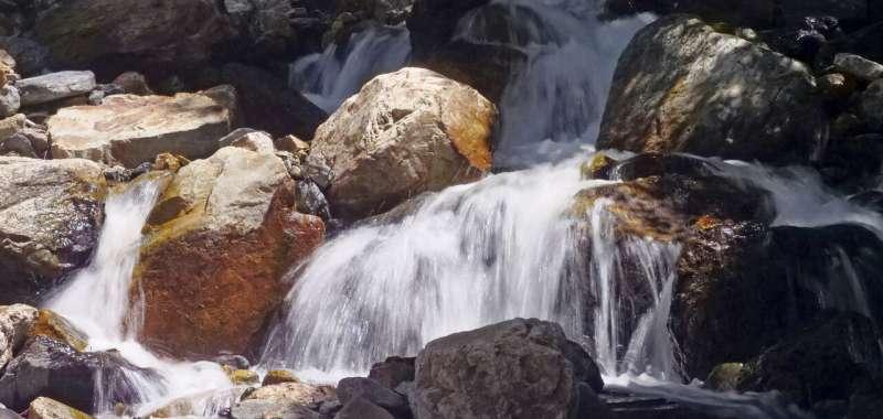 Parched US Southwest gets reprieve as snowmelt fills rivers