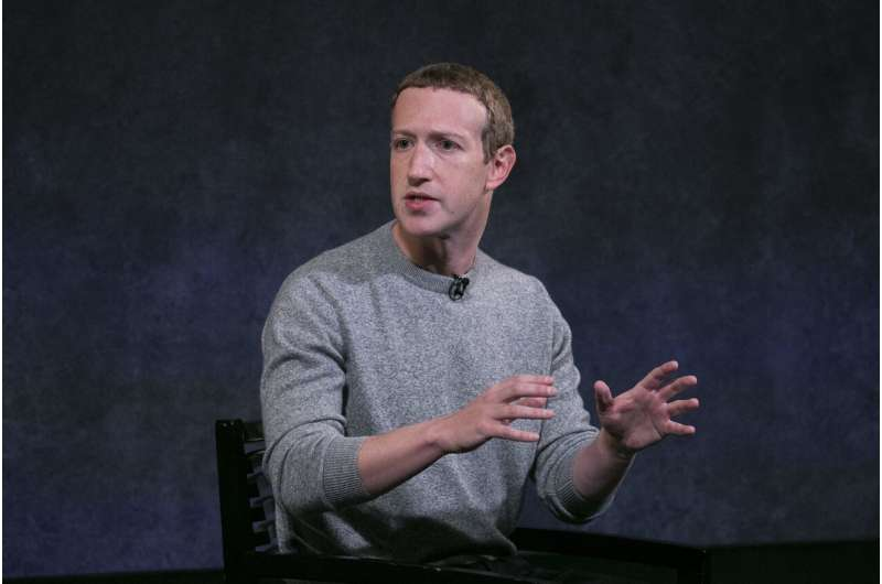 Facebook launches a news section - and will pay publishers