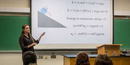 Research suggests there's a better way to teach physics to university students