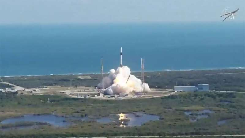SpaceX Dragon heads to space station with NASA science
