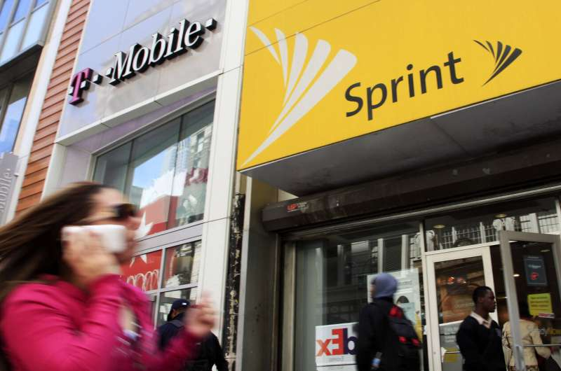 States sue to stop $26.5 billion Sprint-T-Mobile deal