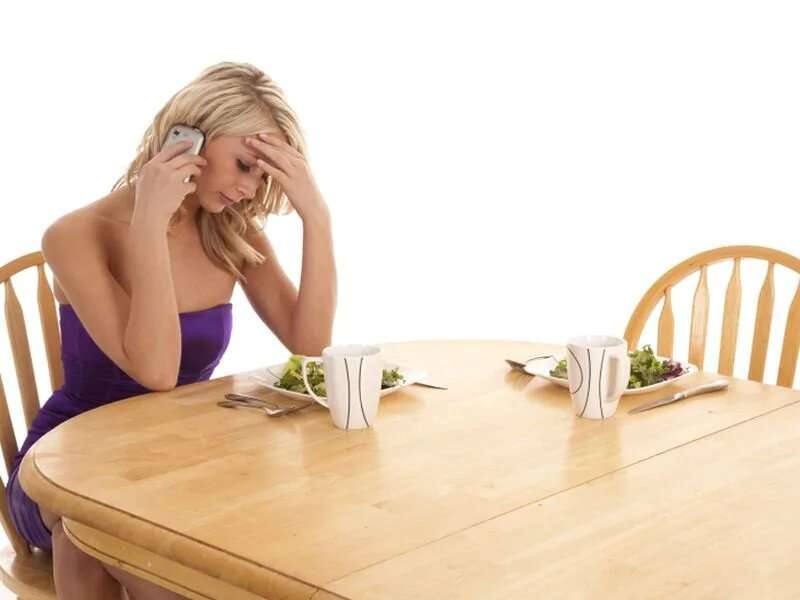 4 strategies to cope with a food craving