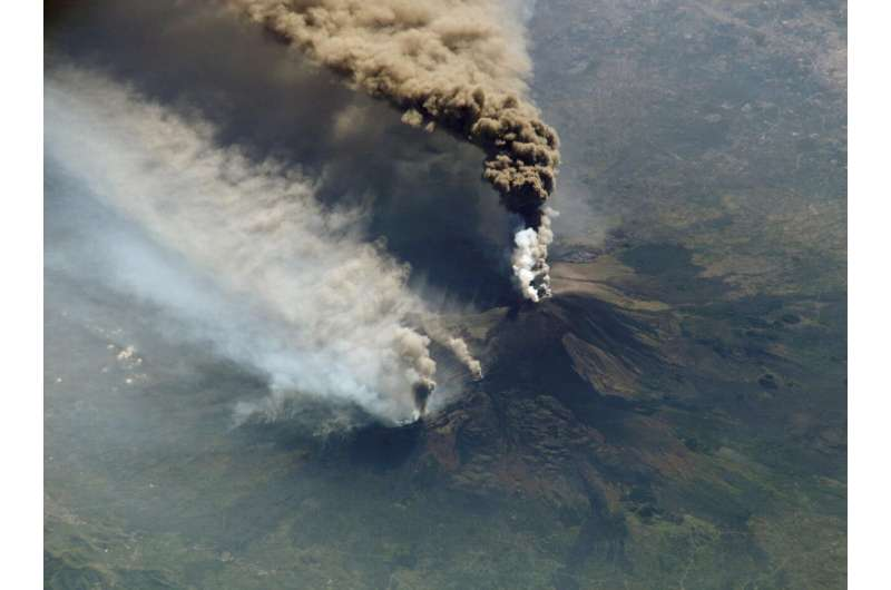 'Artificial intelligence' fit to monitor volcanoes