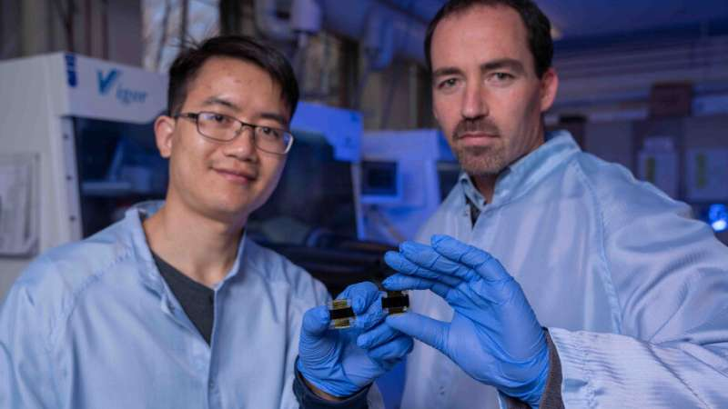 Researchers set solar record with next-gen cells