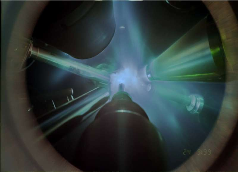 Giant lasers crystallize water with shockwaves, revealing the atomic structure of superionic ice
