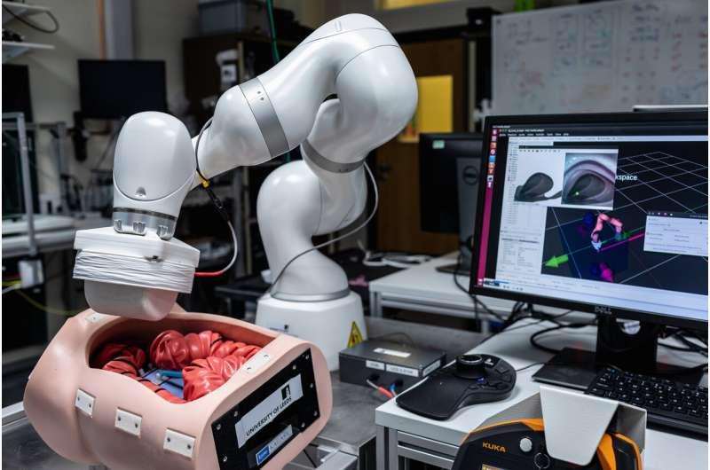 A miniature robot that could check colons for early signs of disease
