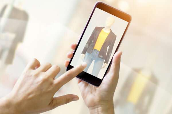 Artificial intelligence system gives fashion advice