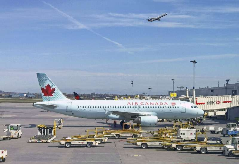 Air Canada reported a 3.6 percent increase in traffic and 10.2 percent increase in revenues from the business cabin