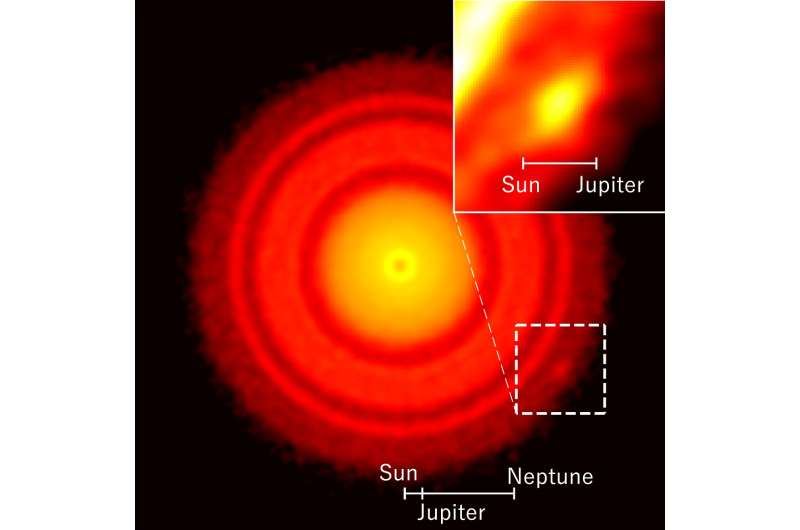 ALMA pinpoints the formation site of planet around nearest young star