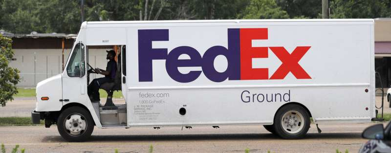 Amazon bans sellers from using FedEx for some deliveries