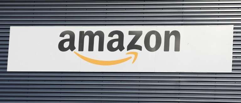 Amazon's hiring of a top executive from General Motors suggests the US tech giant is making further moves toward autonomous vehi