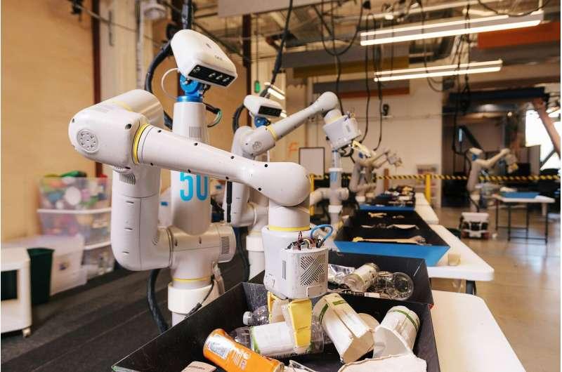 A Moonshot robot is earning marks for sorting trash