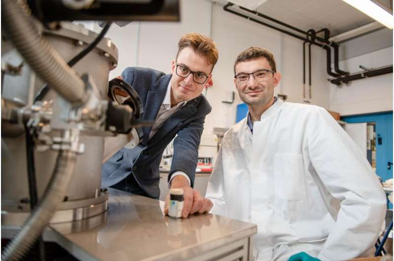 An alloy that retains its memory at high temperatures