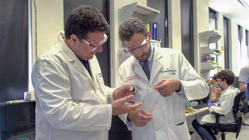 Damaged hearts rewired with nanotube fibers