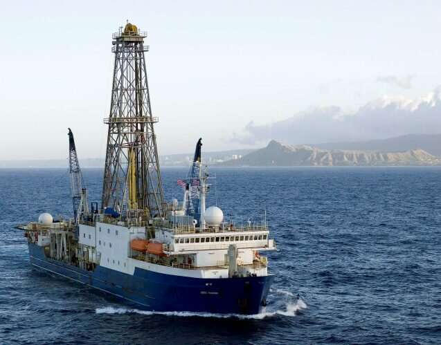 Deep-sea drillers investigate shedding of Antarctic icebergs