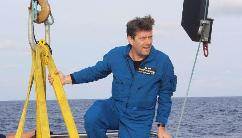 Deep sea scientist breaks British depth record