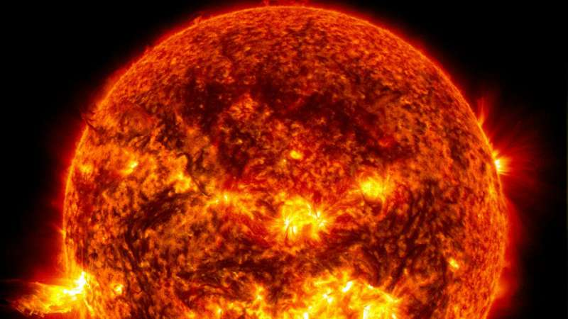 Earth is a less volatile version of the Sun, study finds»