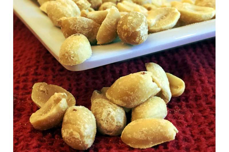 Few people with peanut allergy tolerate peanut after stopping oral immunotherapy