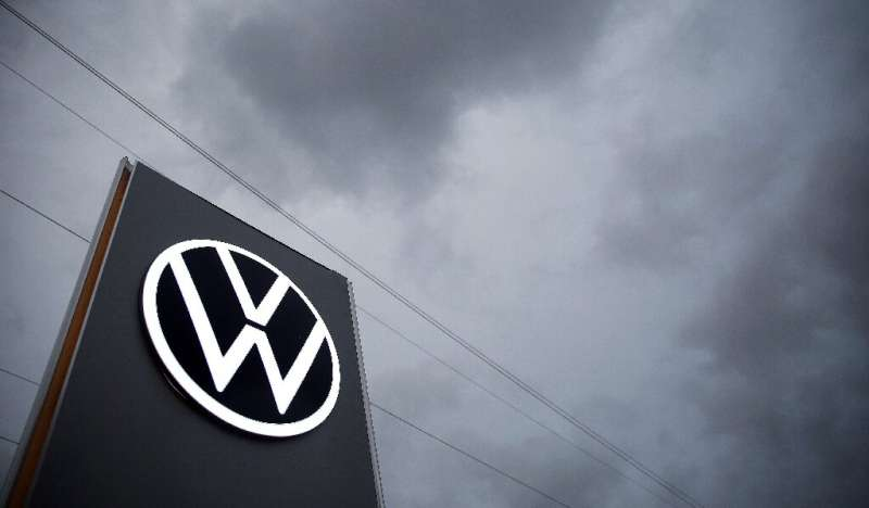 "German car maker Volkswagen (VW) faces compensation demands from around 90,000 drivers in Britain in connection with the ""d"