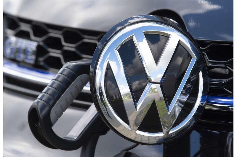 German government expands electric car incentive program