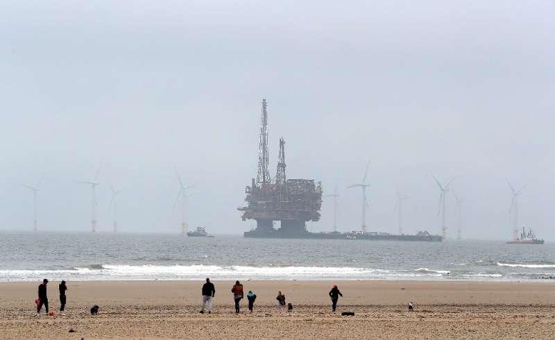 Germany calls crisis meet over Shell North Sea platforms