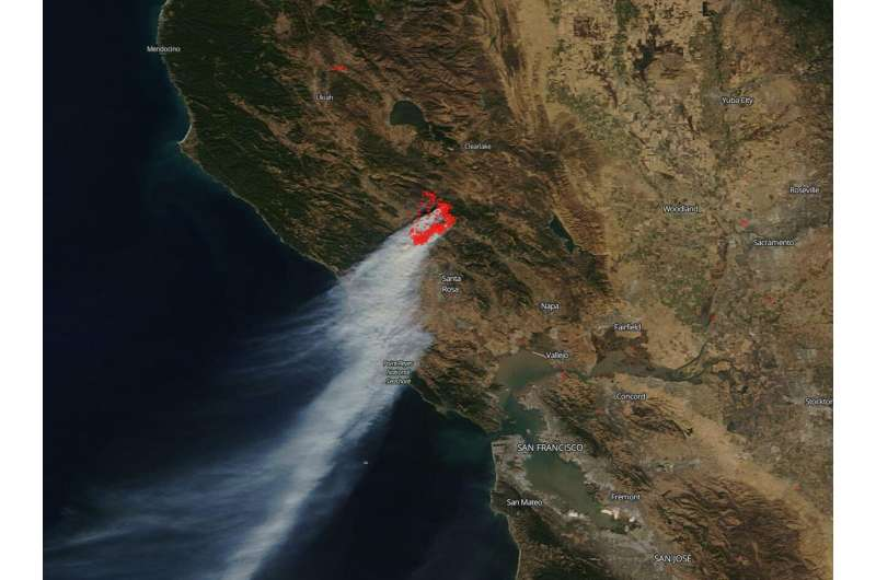 Image: California's devastating Kincaid fire continues to spread