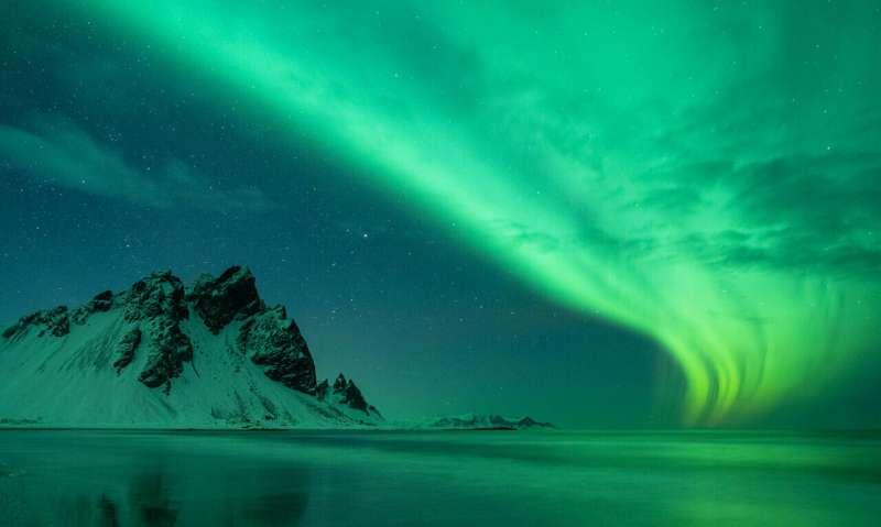 Image: Restless star makes for stunning storm