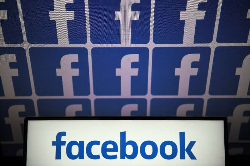 Leading technology firms met with American officials at Facebook's campus in the city of Menlo Park