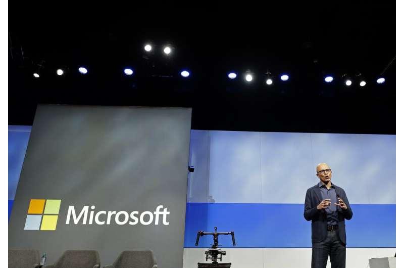 Microsoft shareholders defeat 2 activist proposals