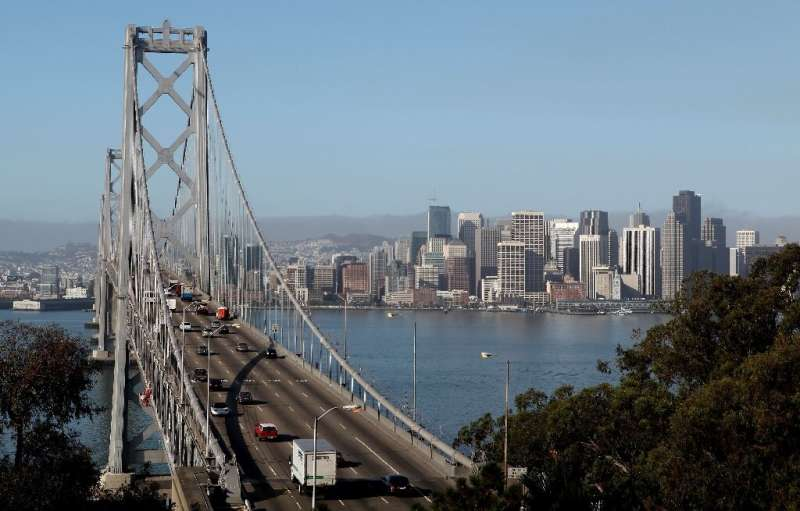 Morning commute traffic moves westbound on the western span of the San Francisco Bay Bridge September 8, 2009 in San Francisco,