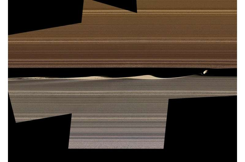 NASA's Cassini reveals new sculpting in Saturn rings