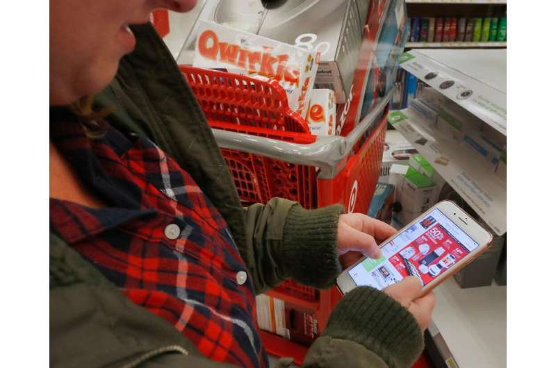 Nearly 40 percent of online purchases on Black Friday in the United States were made from smartphones, according to Adobe Analyt