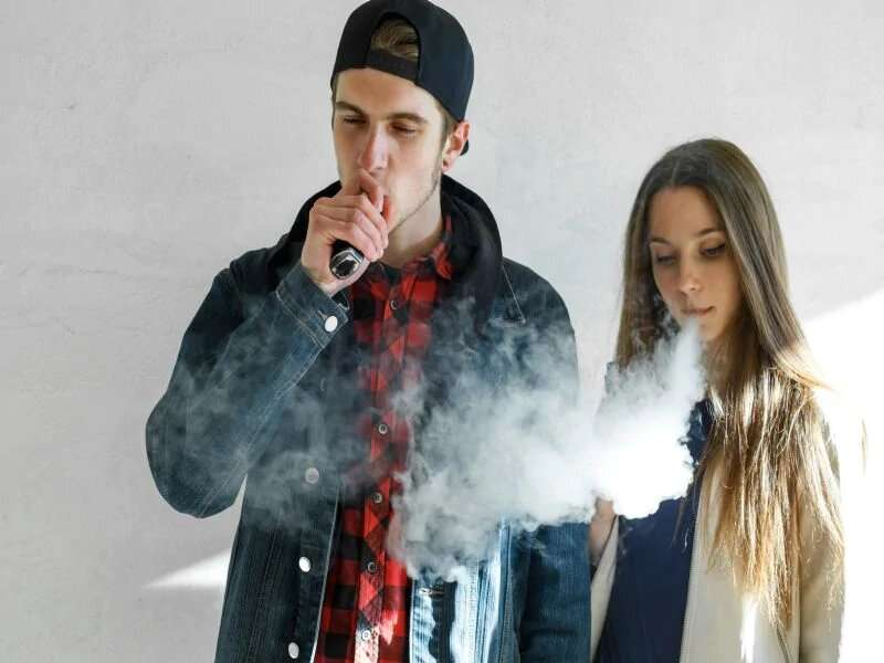 News of vaping-related injury getting vapers' attention