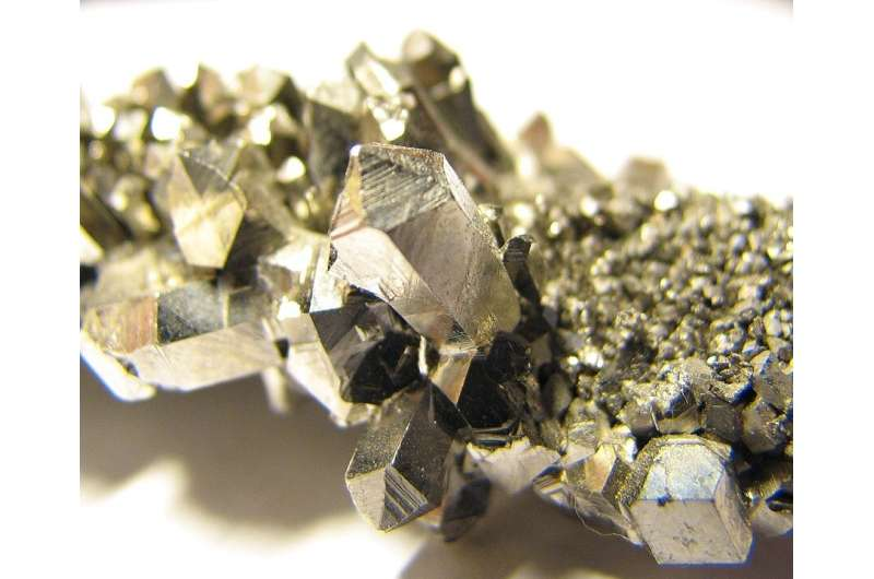 Niobium used as catalyst in fuel cell