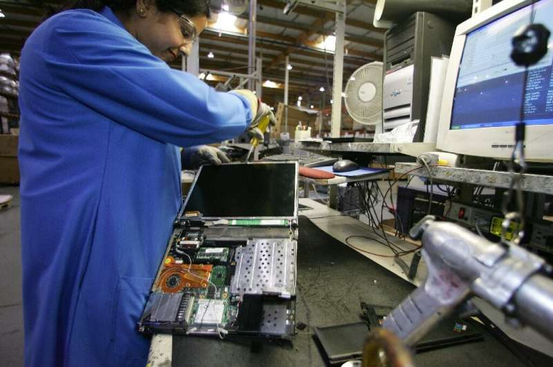 Recycling parts from electronic devices, including li-ion batteries, needs to be stepped up