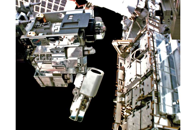 Robotic Tool Operations Bring In-Space Refueling Closer to Reality