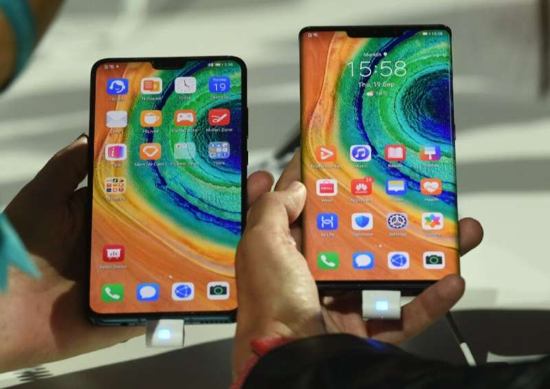 Russia and China, analysts say, are trying to break away from the US monopoly over smartphone operating systems